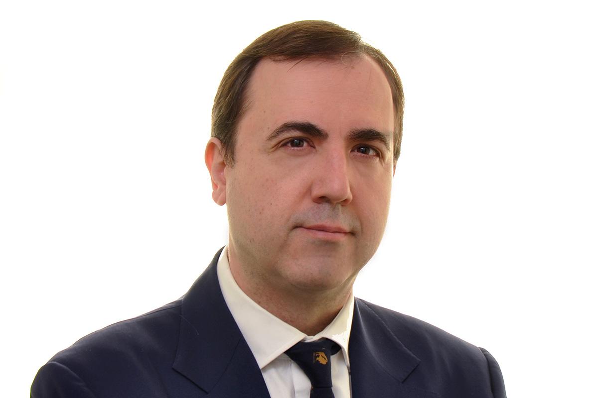 Embajador Alberto González Liga Española de Debate Universitario