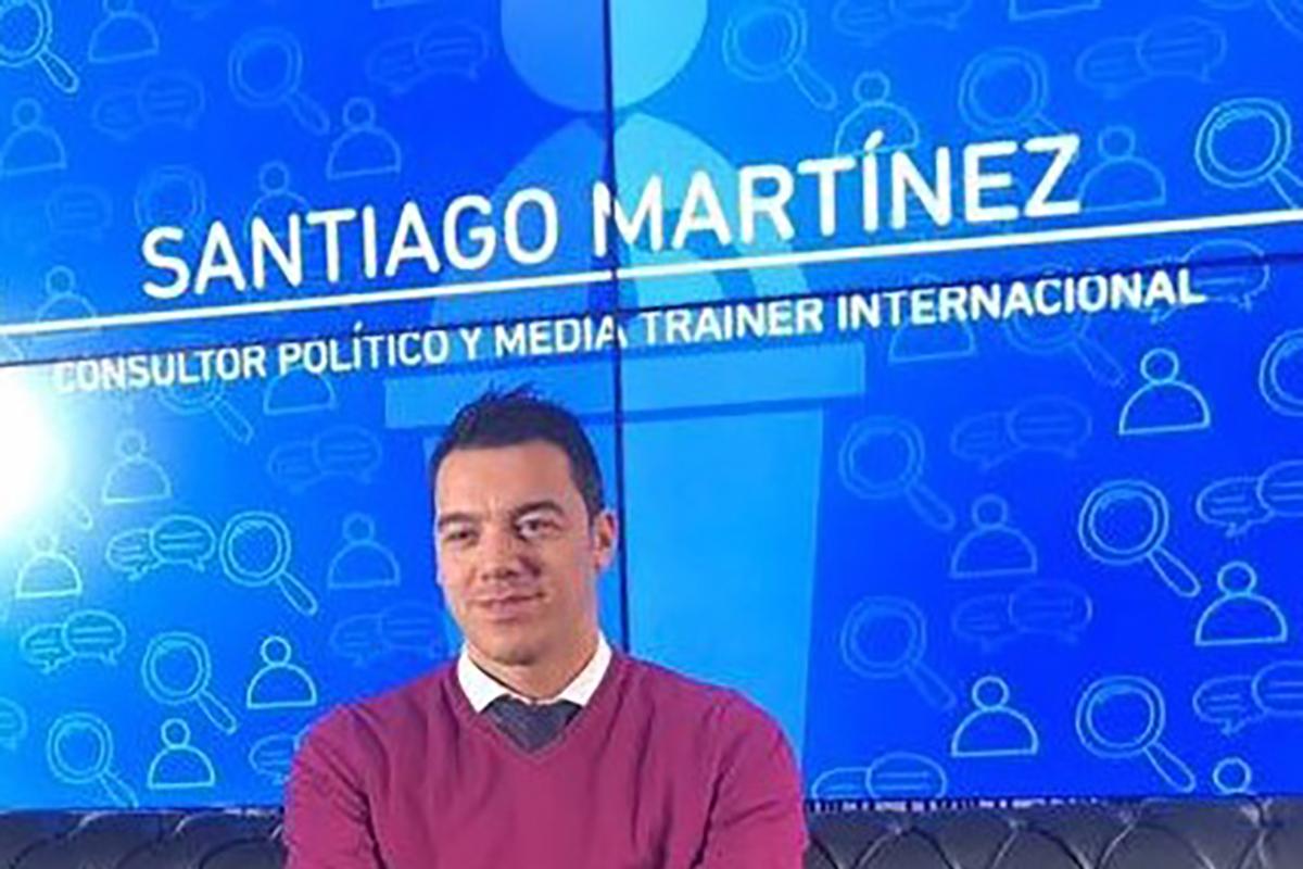 Embajador Santiago Martínez Liga Española de Debate Universitario