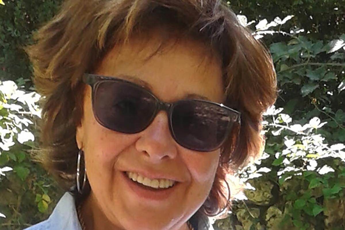 Embajadora Esperanza Robles Liga Española de Debate Universitario